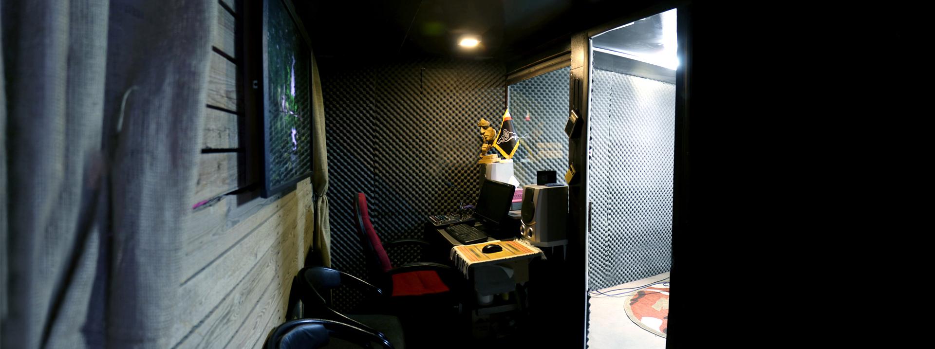 اتاق کنترل استودیو صدا